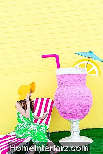 DIY Tropical Drink Pinata