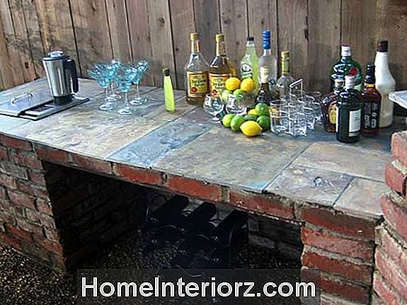 Backyard Bar
