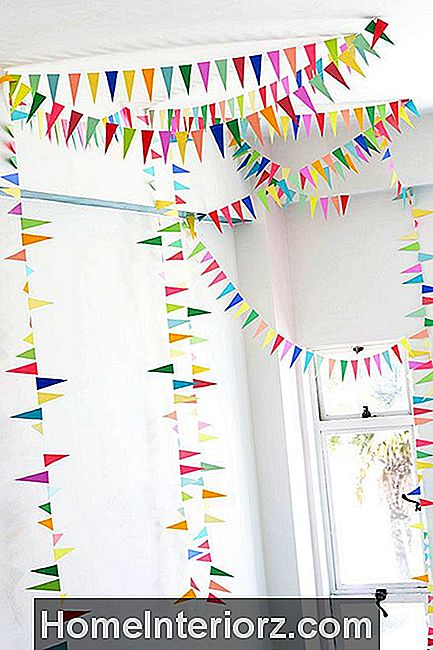 DIY Triangle Bunting