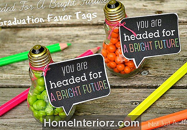 DIY Bright Future Graduation Favor