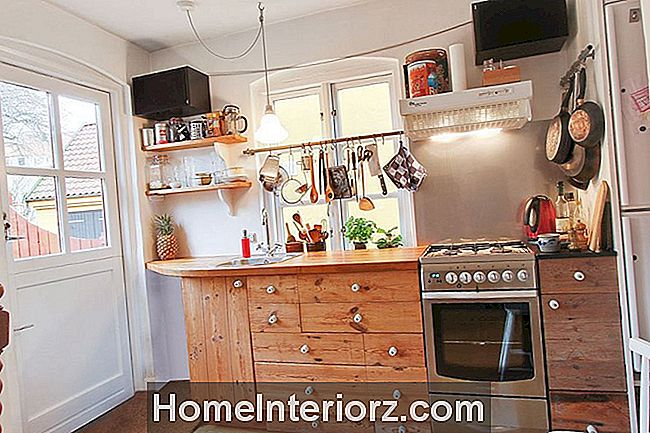 Rustic-Kitchen-Island-With-Drawers