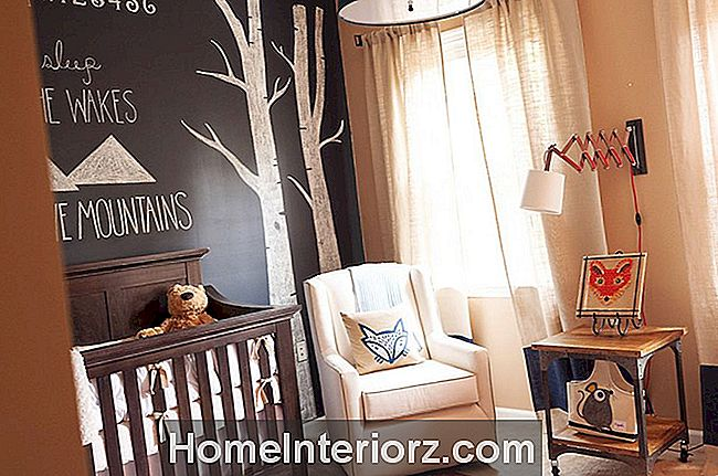 Neutral Nursery med skogs accenter