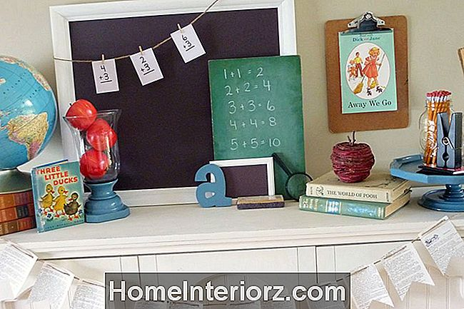back-to-school-mantel
