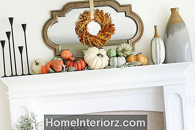 Just-a-flicka-fall-mantel