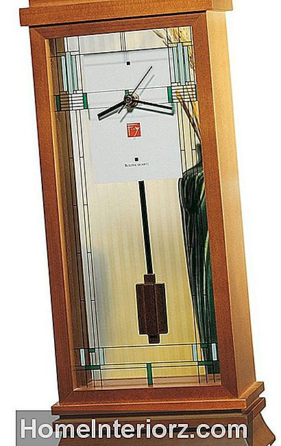 Willits Mantel Clock av Bulova