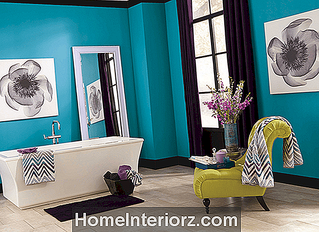 Bright Bathroom Paint Color Ideas | Clark + Kensington