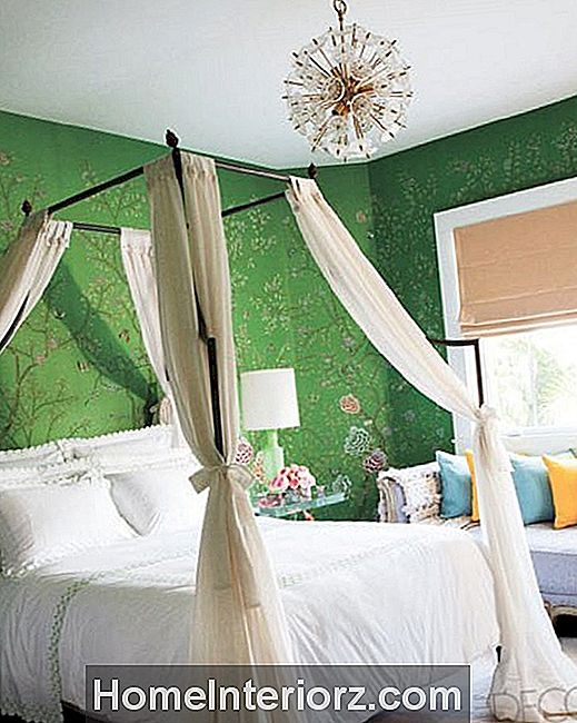 green-bedroom.jpg
