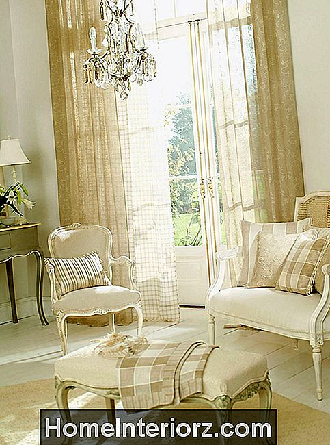 Living-Room-Curtains.jpg