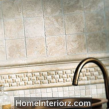 Vonios backsplash