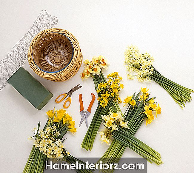 10 Essential Flower Arranging Tools and Supplies
