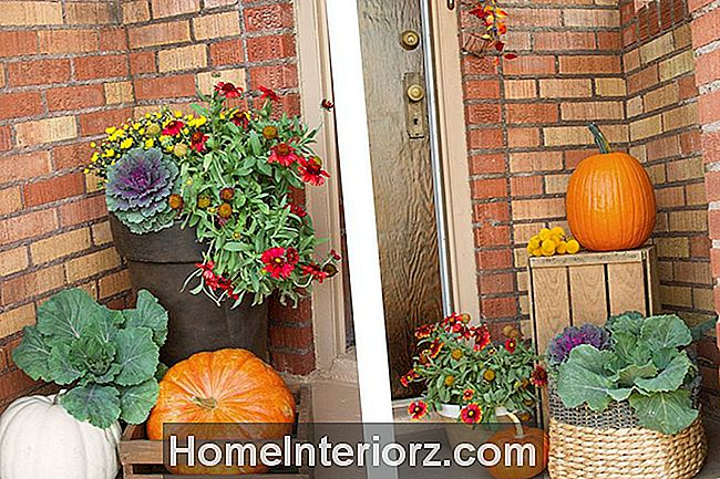 Colorful-Floral-Arrangemang-Fall-front-veranda