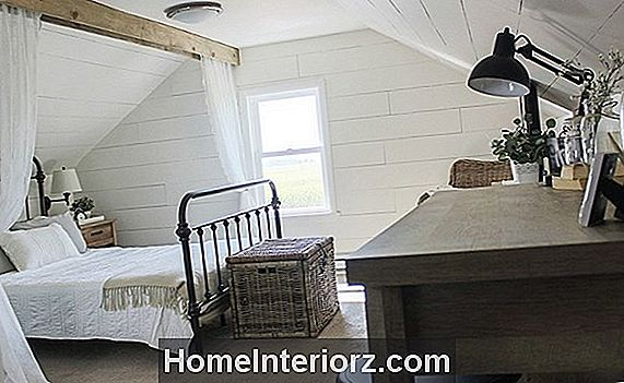Farmhouse Bedroom Dekorating Ideas