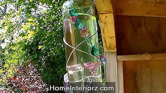 Baby Food Jar Hummingbird Feeder Project