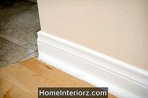 Wie man Baseboards malt