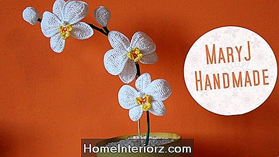 Come fare una facile orchidea Boutonniere