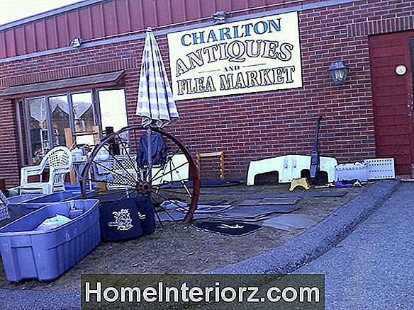Charlton Flea Market and Antiques