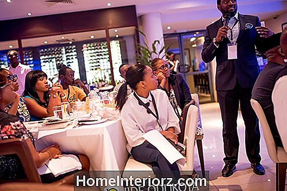 Etiquette Tips for Business Conference Attendees