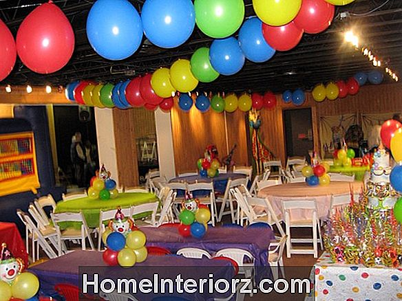 Top 11 Fun Balloon Party Games