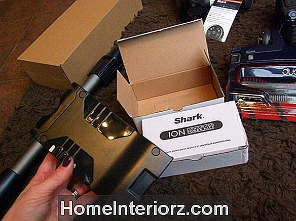 Sharks Cordless VX3 Sweeper Review