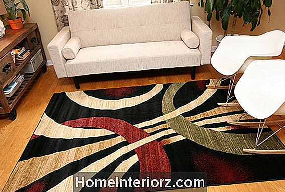 8 Area Rug Do's and Don'ts
