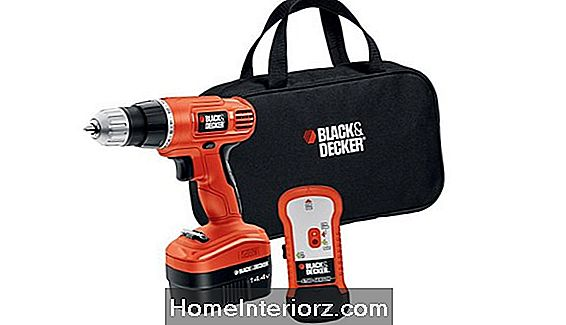 Black & Decker 14 V Cordless Electric Drill Review